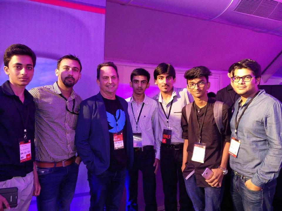 iftekhar ahmed with Jeff Bullas and other bloggers